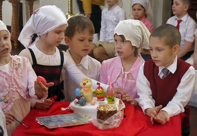 Детский праздник на Пасху